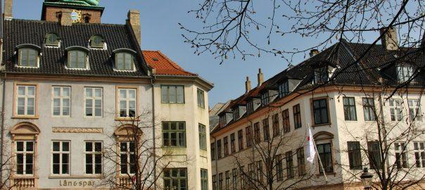 I dag herinde skal det handle om noget meget spændende. Det skal nemlig handle om ejendomsservice i København.